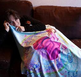 Laure Phelipon avec une couverture